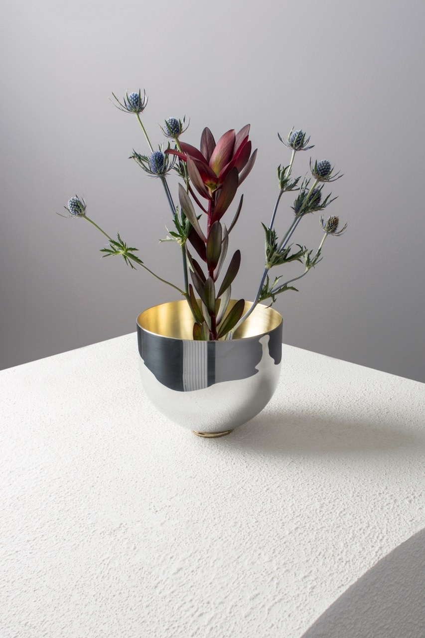 Bowl vase 2017 lukas peet design this round bottom vessel sits on a polished brass ring allowing it to be levelled if needed based on the balance of the bouquet above reviewsmspy